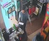 MUSTAFA KUTLU - Karaman'da Balık Restoranına Giren Hırsız, Kasada Bulunan Bozuk Paraları Çaldı