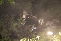 Kontrolden Çıkan Araç Şarampole Uçtu Açıklaması 3 Yaralı