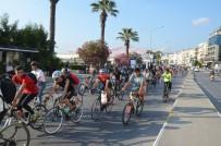 İSMAİL CEM - Kuşadalı Bisikletçiler Doğa İçin Pedal Çevirdi