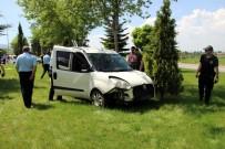 GÖKMEN - Kütahya'da Trafik Kazası, 2 Emniyet Mensubu Yaralandı