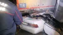 Otomobil Tırın Altına Girdi Açıklaması 2 Ölü