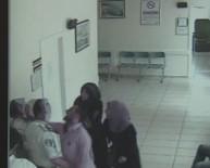 DAYAK - Bayan Doktora Makasla Saldırıp, Yerde Sürüklediler..O Anlar Kameraya Yansıdı