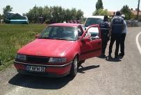 Polisin 'Dur' İhtarına Uymayan Sürücü Kovalamaca Sonucu Yakalandı