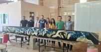 İSTANBUL TEKNIK ÜNIVERSITESI - Üniversite Öğrencilerinden Betondan Yüzen Kano