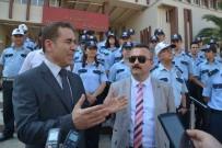 BAYRAM YıLMAZ - Aliağa'da Kadın Polisler 24 Saat Sokakta