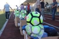 Belediyeden Amatör Futbol Spor Kulüplerine Yardım