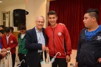MİLLİ GÜREŞÇİ - Dinarlı Minik Güreşçiler Türkiye Çapında Derece Yaptılar