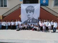 PORTRE - Elleriyle Atatürk Portresi Yaptılar