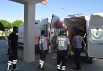 SOLMAZ - Hafif Ticari Araç Şarampole Yuvarlandı Açıklaması 5 Yaralı