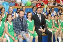 ERSIN EMIROĞLU - Hidayet Türkoğlu Çocuklara Basketbol Topu Dağıttı