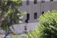 REHİNE KRİZİ - İran'da Çifte Terör Saldırısı Açıklaması 12 Ölü, 39 Yaralı