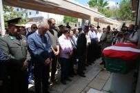 SİVAS VALİSİ - Kıbrıs Gazisi Askeri Törenle Toprağa Verildi