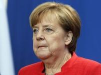 SINIR GÜVENLİĞİ - Merkel'den 'Türkiye Ve İncirlik' Açıklaması
