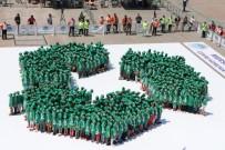 İSTANBUL TEKNIK ÜNIVERSITESI - Mersinli Çocuklar, Dünyada İlk Kez Guinness İçin Geri Dönüşüm Sembolüyle Rekor Denedi