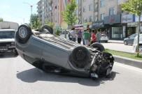 FıRAT ÜNIVERSITESI - Otomobil Takla Attı Açıklaması 1 Yaralı