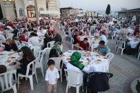 MEHMET TURAN - Ramazan Birlikteliği Mahalle İftarlarında Yaşanıyor