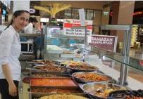 FAST FOOD - Ramazanda Piazza Ziyaretçilerine Farklı Menüler Sunuluyor