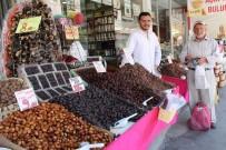 MEDINE - Ramazanın Vazgeçilmesi Hurmaya Yoğun İlgi