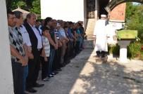 Sinop'ta Eşi Tarafından Öldürülen Genç Toprağa Verildi