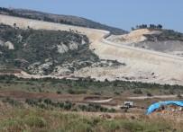 ZIRHLI ARAÇLAR - Suriye Sınırında Duvar Yapımı Hızla Sürüyor