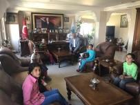 ÜST GEÇİT - Çocuklar Belediye Başkanından Üst Geçit İstedi