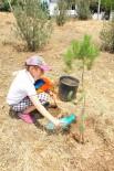 GAZİ İLKÖĞRETİM OKULU - Çocuklardan Fidanlara En Anlamlı Can Suyu