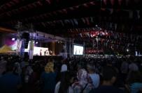 BORA GENCER - Gaziantep'te 'Bir Eski Zaman Hikayesi' Adlı Oyun Sahnelendi