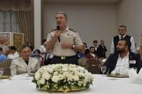 DENIZ KUVVETLERI KOMUTANı - Genelkurmay Başkanı Orgeneral Akar Gazilerle İftarda Bir Araya Geldi
