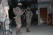 ÖZEL TİM - İstanbul'da Uyuşturucu Tacirlerine Şafak Operasyonu