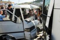 SERVİS ARACI - Kaza Yapan Araçta Sıkışan Sürücüyü İtfaiye Kurtardı