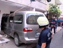 GÖRGÜ TANIĞI - Minibüs dehşet saçtı: 2 çocuk öldü