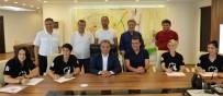 AHMET ÖZTÜRK - Muratpaşa'da İmza Şov