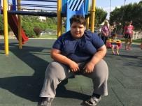 MİDE AMELİYATI - 10 Yaşında 165 Kilo Olan Çocuk Ameliyat Olmazsa Ölebilir