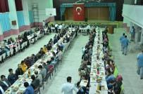Refahiye'de Vatandaşlar İftarda Buluştu