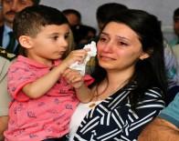 ÖZEL KUVVETLER - Şehidin Minik Oğlu Annesinin Gözyaşlarını Sildi