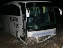 İLHAM - Mersin'de feci kaza: 1 ölü 20 yaralı