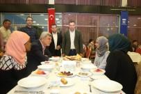 KOCAELI ÜNIVERSITESI - Başkan Karaosmanoğlu, Yabancı Öğrencileri İftarda Ağırladı