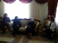 HELİKOPTER KAZASI - Bayan Kamçı Şehit Ailelerini Ziyaret Etti