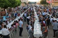 AHMET KARATEPE - Büyükşehir Ceylanpınar'da İftar Programı Düzenledi
