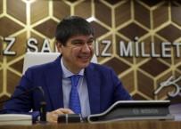 TOPLU ULAŞIM - Büyükşehir Meclis'inde Konyaaltı Plajı Ve Otobüs Alınması Tartışıldı