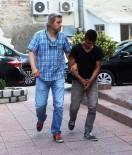 HIRSIZLIK ZANLISI - Çanakkale'de 4 Evi Ve 2 İş Yerini Soyan Hırsız Tutuklandı