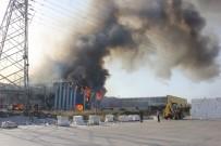 Kağıt Fabrikasında Çıkan Yangın Kontrol Altına Alındı