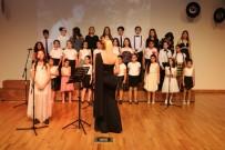 KARTAL BELEDİYESİ - Kartal Belediyesi Çocuk Korosu Dinleyenlerden Tam Not Aldı