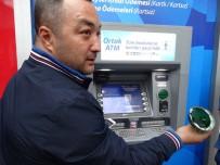 YALIN - Kartı Geri Vermeyen ATM'den Kopyalama Düzeneği Çıktı