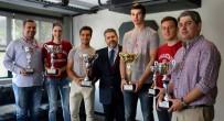 MASLAK - Levent Uysal, Başarılı Sporcuları Kabul Etti