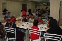 HACı MURAT - Müftülükten Mültecilere İftar