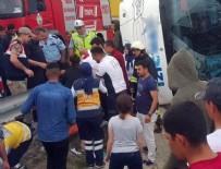 OTOBÜS ŞOFÖRÜ - Samsun'da askerleri taşıyan otobüs devrildi