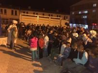 ŞEHİR TİYATROSU - Saray İlçesinde Ramazan Etkinliğine Halktan Yoğun İlgi