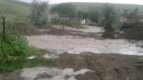 ÖRENCIK - Sivrihisar Ve Seyitgazi'de Yağmur Sele Neden Oldu