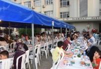 ÇUKUROVA ÜNIVERSITESI - Vali Demirtaş, Üniversite Öğrencileriyle İftarda Bir Araya Geldi